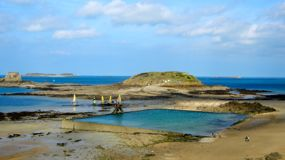 Pool Bon-secours Beach, St-Malo, France