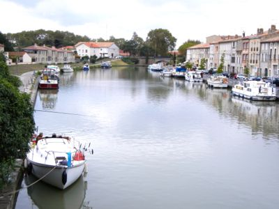 Boats on the Canal du Midi, Castelnaudary, France