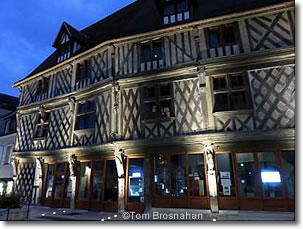 Tourist information in chartres france - Office de tourisme de chartres ...