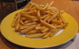 Frites (French fries, chips)