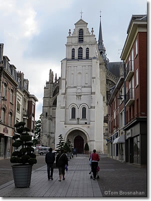Basilique de Saint-Quentin, France