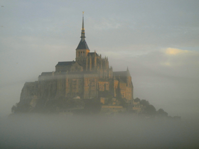 Early morning fog, Mont St-Michel