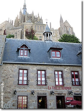 hotels inns guest houses in mont st michel normandy