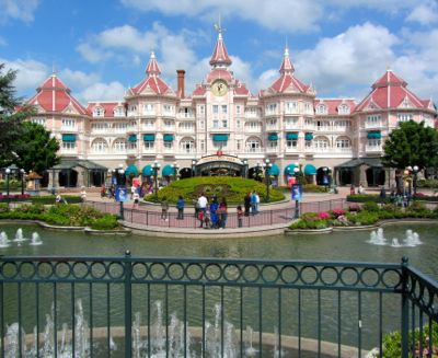 Guide to disneyland paris france for Overnight stay in paris