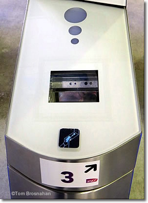 Eticket scanner, Gare Montparnasse, Paris, France