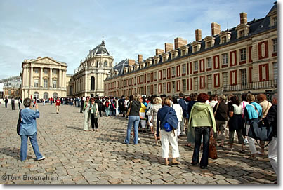 how to get to versailles from paris metro