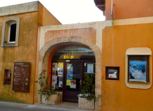 Roussillon Tourist Information Office Luberon Provence