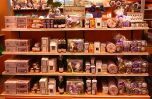 Violet-themed souvenirs, Toulouse