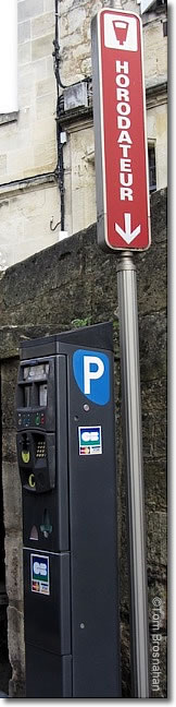 Horodateur (parking ticket machine), France